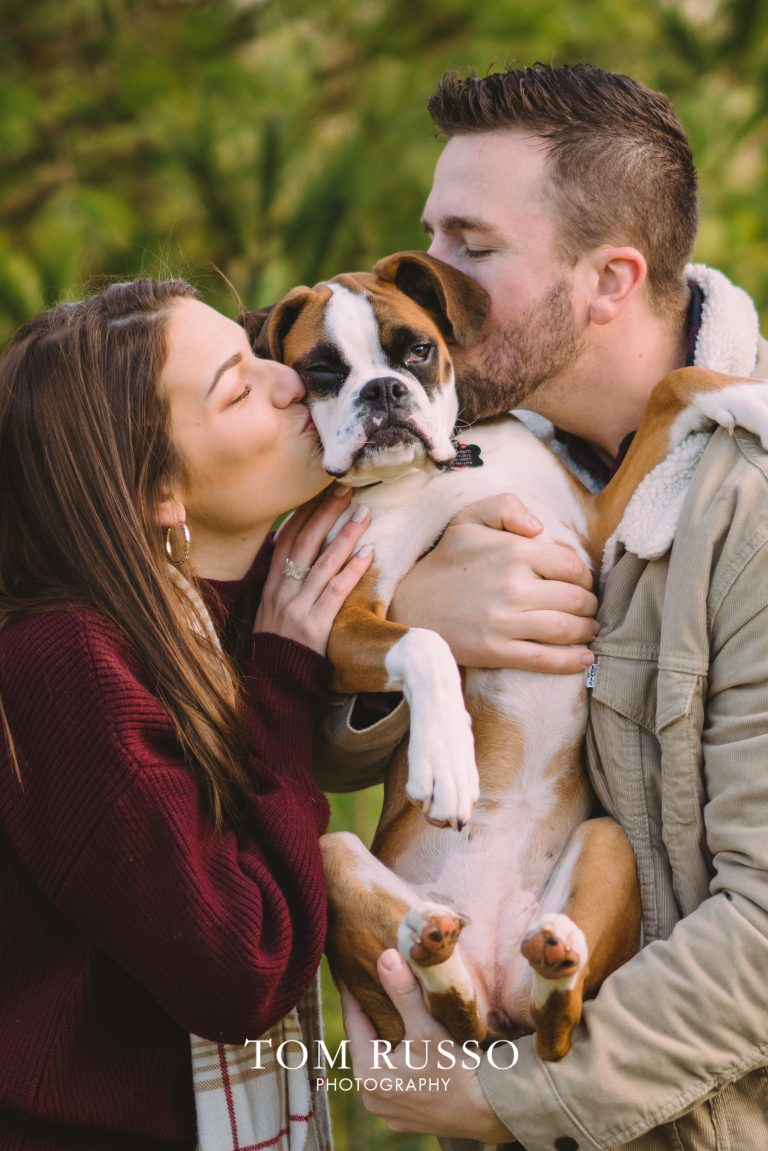 6 Ways To Include Pups in an Engagement Session 24